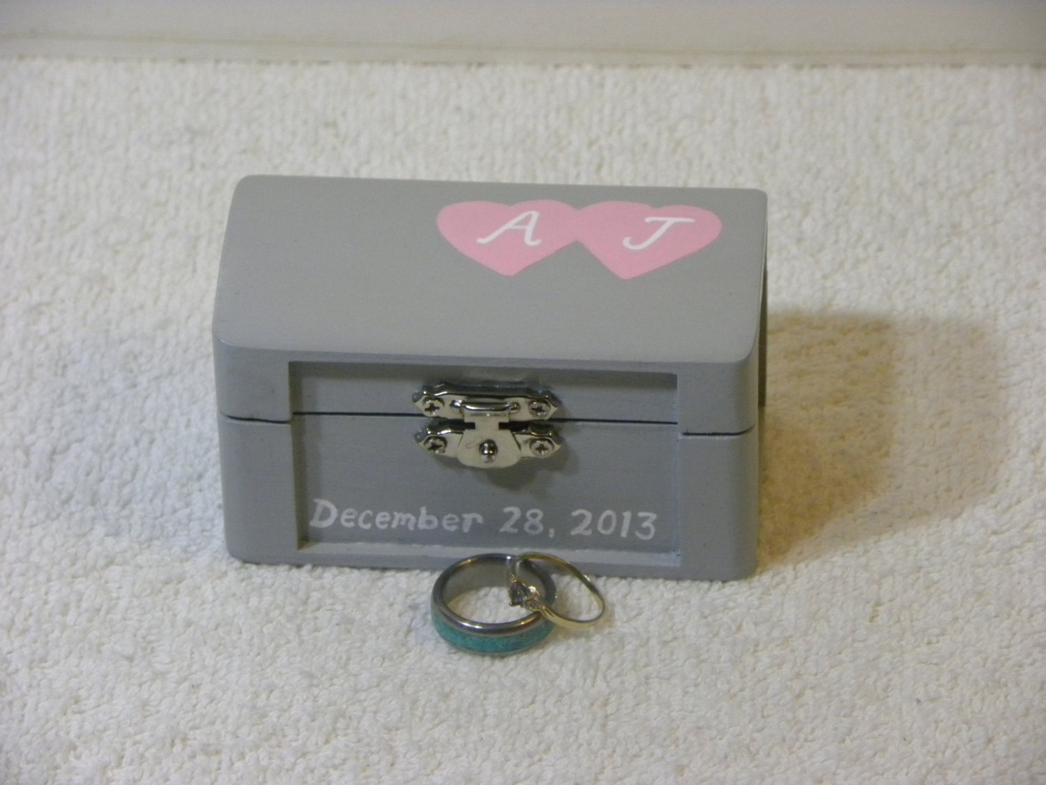 Custom Colors  Personalized- Alternative Pillow Rustic Ring Bearer Box with Two Hearts for Wedding  Anniversary  Ceremony