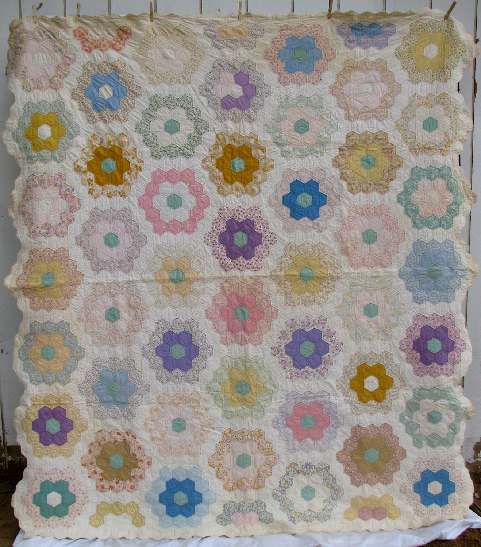 Vintage Quilt Grandmother 39 S Flower Garden By Pureandsimplyme