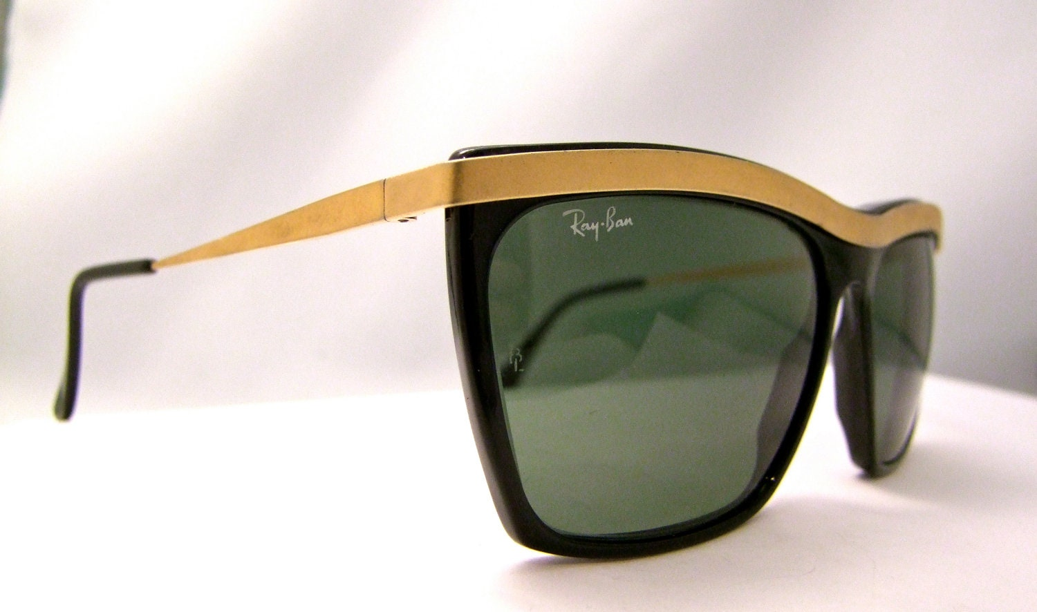 ray bans clubmaster eyeglasses on celebrity apprentice « heritage malta
