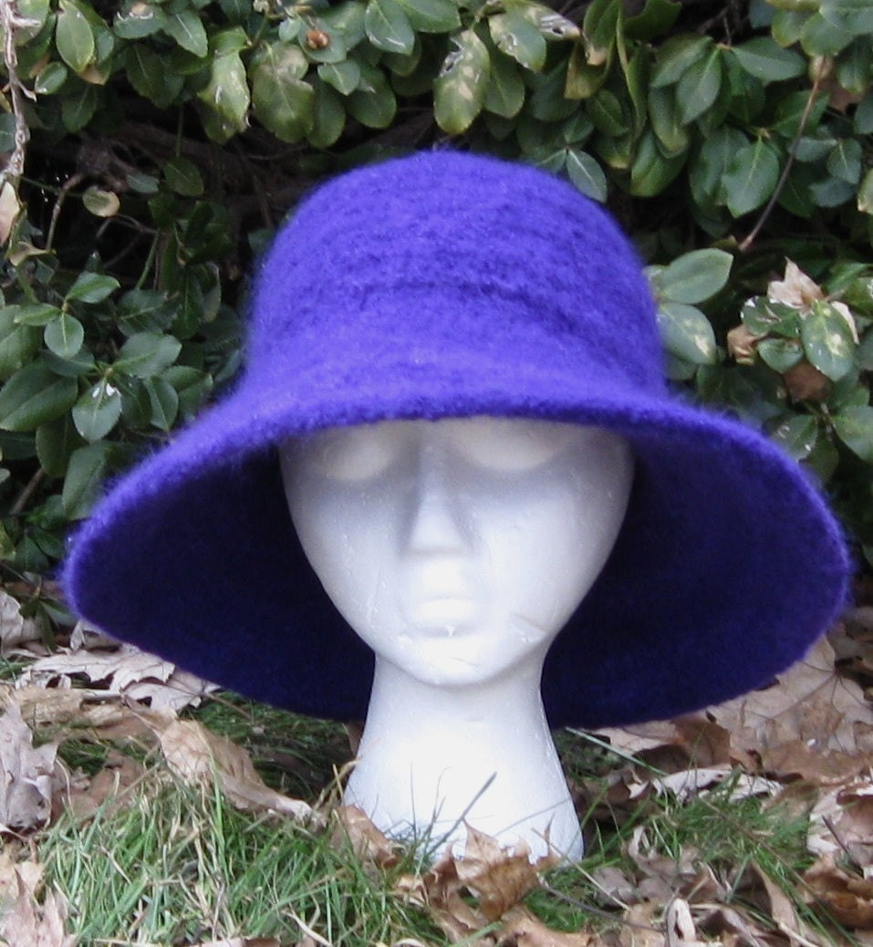 Felted Knit Hat Pattern : Parisian Felted Knit Hat and Cloche Patterns PDF by pollywogs