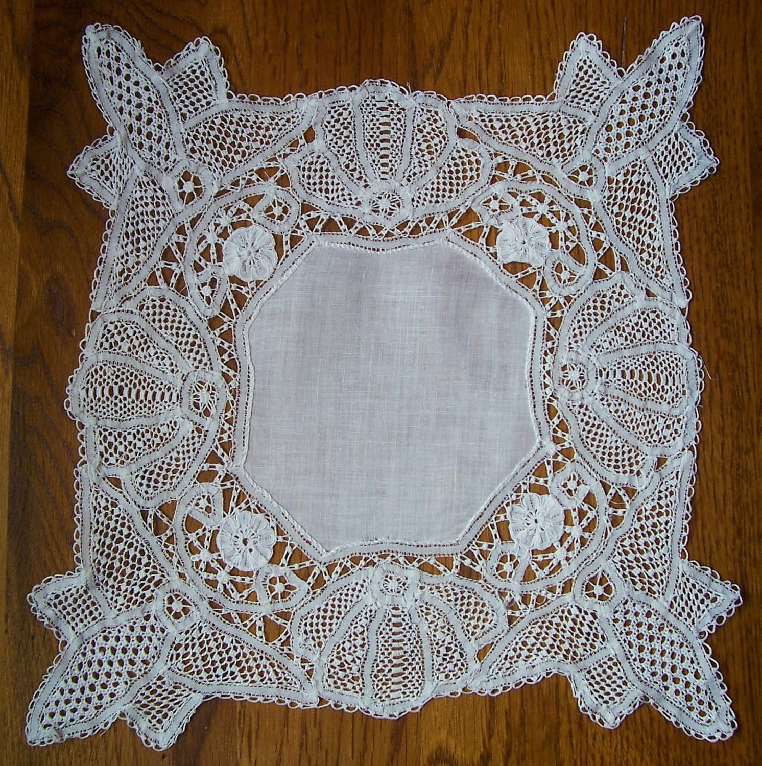 Antique White Lace Wedding Hanky - Hankie Handkerchief - HankyLady