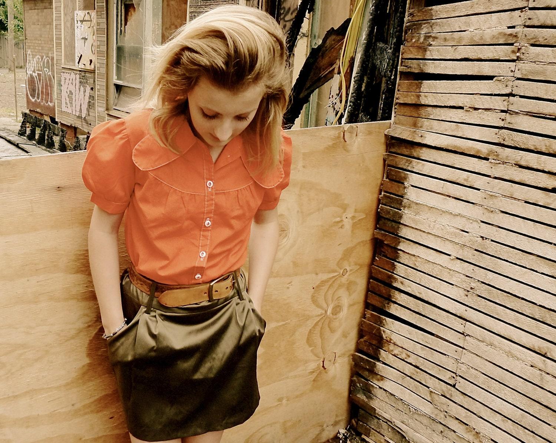Burnt Orange Button Up Shirt (Small) - UrbanDecadence