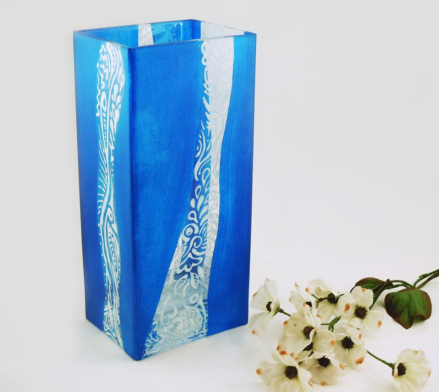 Modern glass vase - Hand painted rectangular glass vase in blue with white designs - CreationsdeFlorence