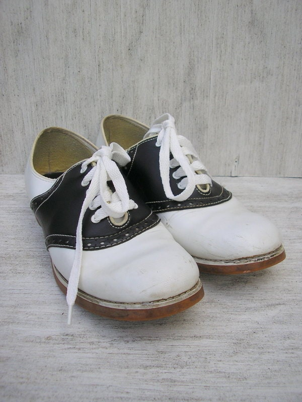Vintage Rockabilly Saddle Shoes Womens Size 9 Authentic Town and