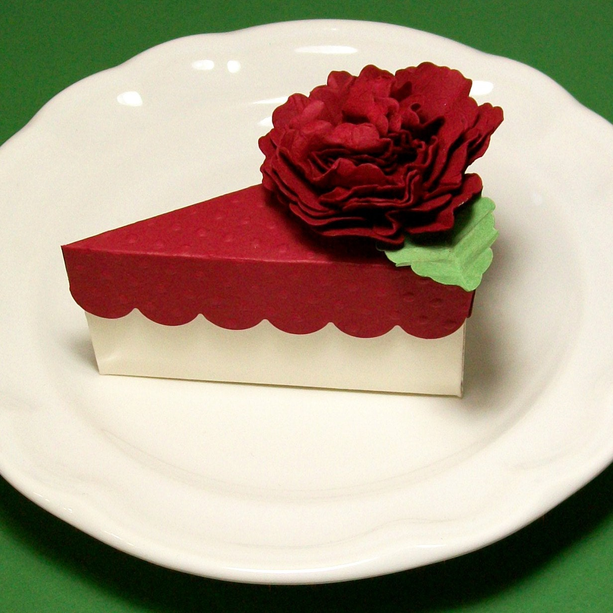 Valentine Favor Box - Small Gift Box - Wedding Favors - Slice of Cake Party Favor Box - AcarrdianCards