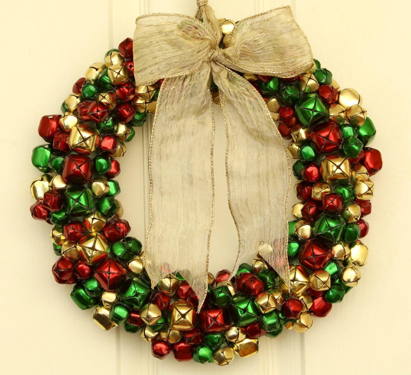 60 Pre Lit Christmas Wreath