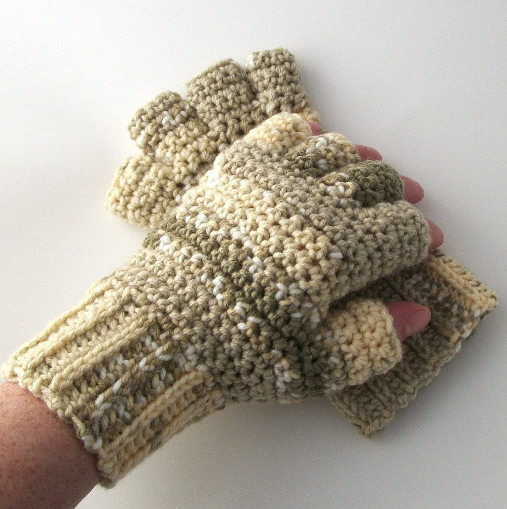 Toasted Marshmallow Half Finger Crochet Gloves by Dreamspirations