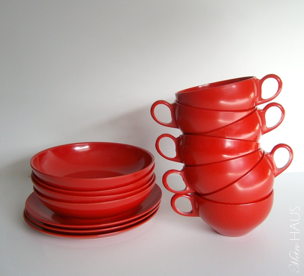 "16pc Vintage Red Melmac Set ""Boonton"" - Bowls Cups Plates - Snack Set Retro Atomic"
