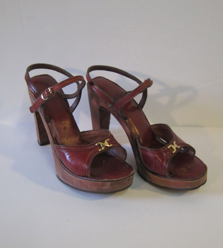 Vintage Oxblood Leather Platform Wood Sole Sandals - emilystjohnvintage
