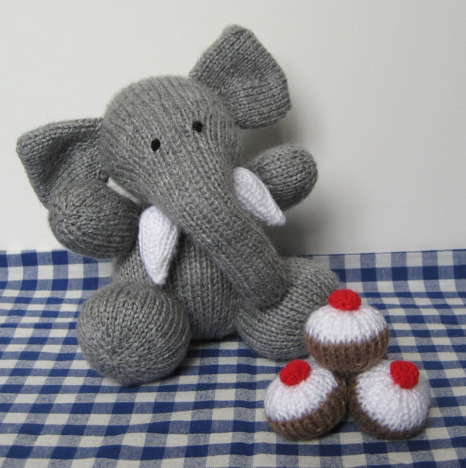Pattern For Chunky Knit Scarf : Bloomsbury elephant toy knitting pattern by fluffandfuzz on Etsy
