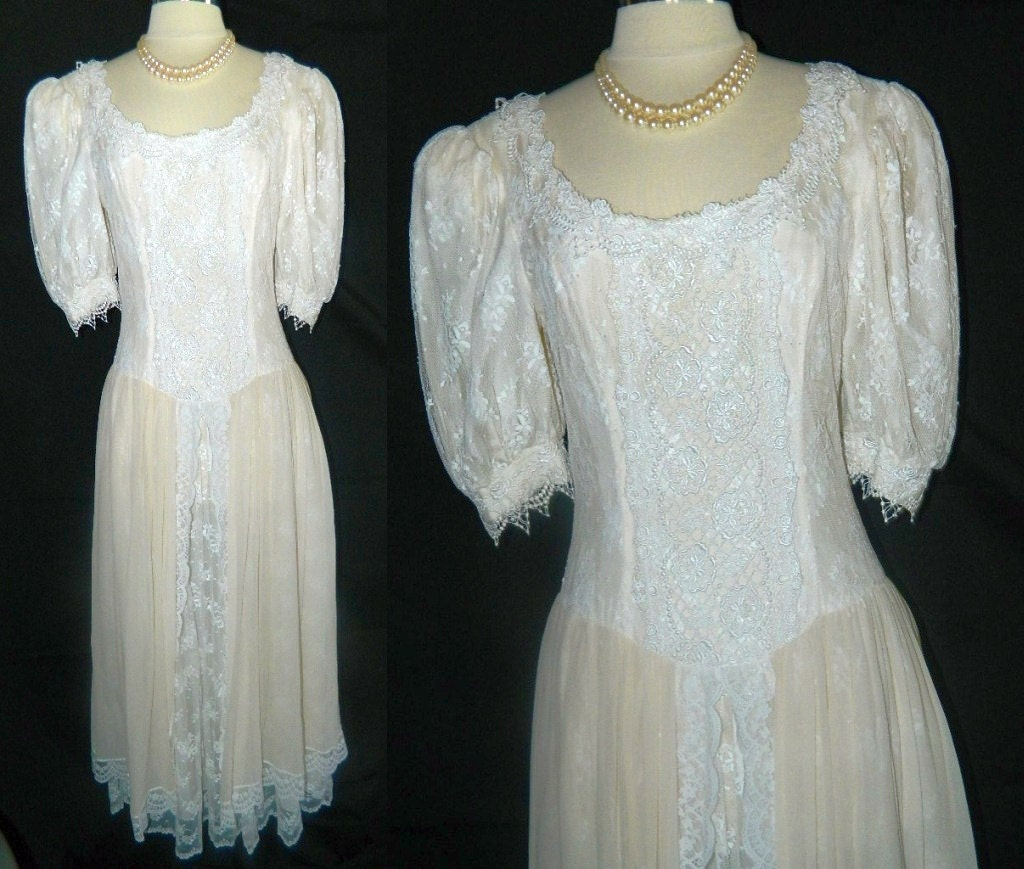Ivory and Lace Wedding Dress Jessica McClintock by