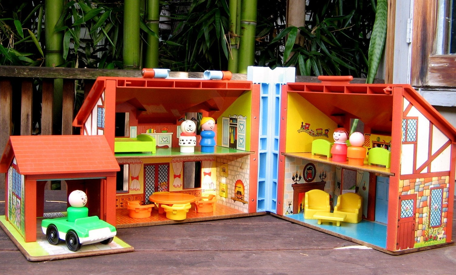 1980 Fisher Price Tudor House Complete by LynneaMarieVintage