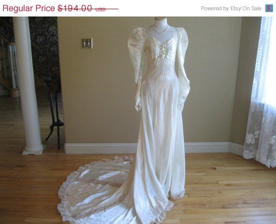 301 moved permanently for Slipper satin wedding dress