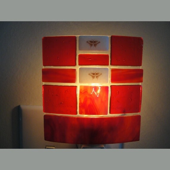 Fused glass night light iridescent red lighting by sljglass for Red glass bathroom accessories