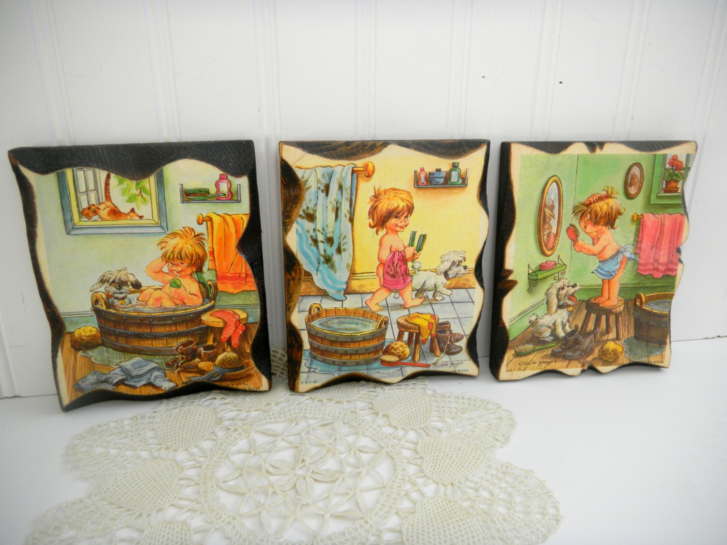 Liddle gregor vintage wall plaques little boy by for 1970 bathroom decor