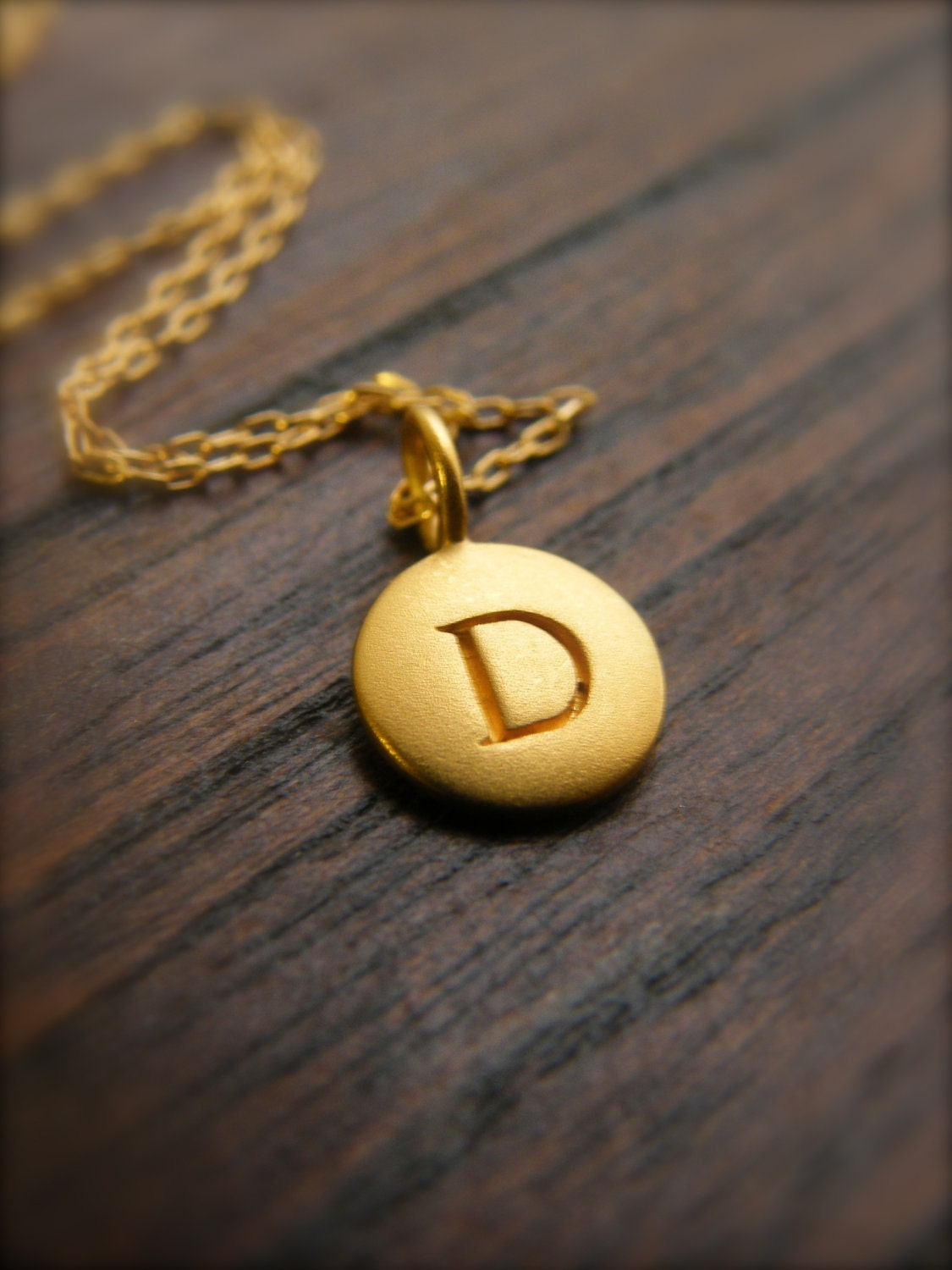 personalized initial pendant disc 14k gold by labodacollection