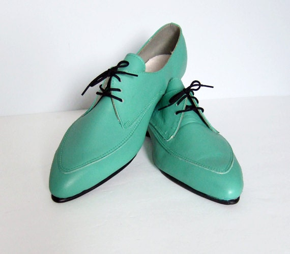 vintage mens size 10 leather shoes mint green by