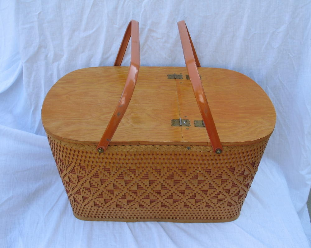 Red Plastic Picnic Basket : Vintage picnic basket redmon made in peru indiana by ifindubuy