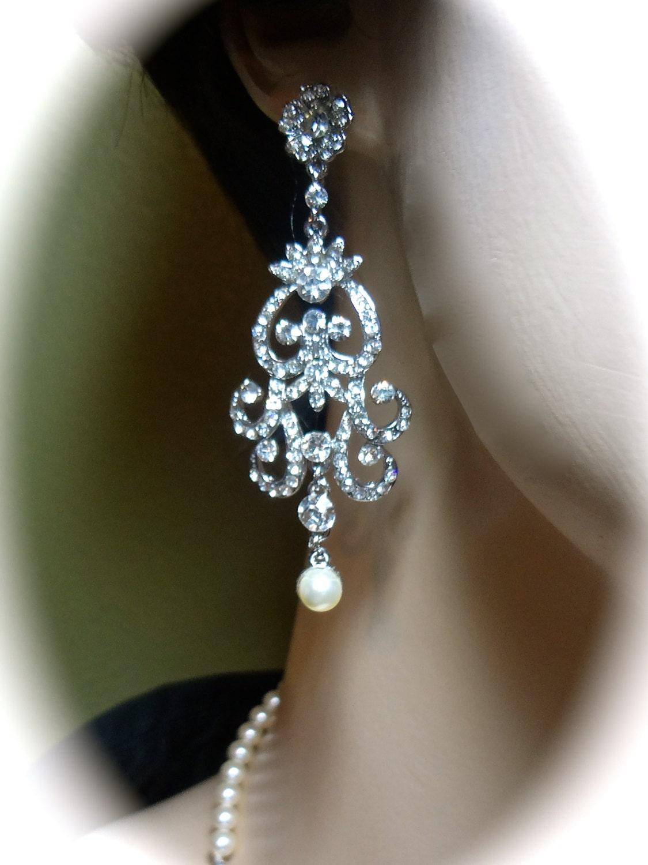Rhinestone and pearl earrings // statement earrings // Bridal jewelry // Long Crystal earrings // Swirl // Vintage style // Brides earrings