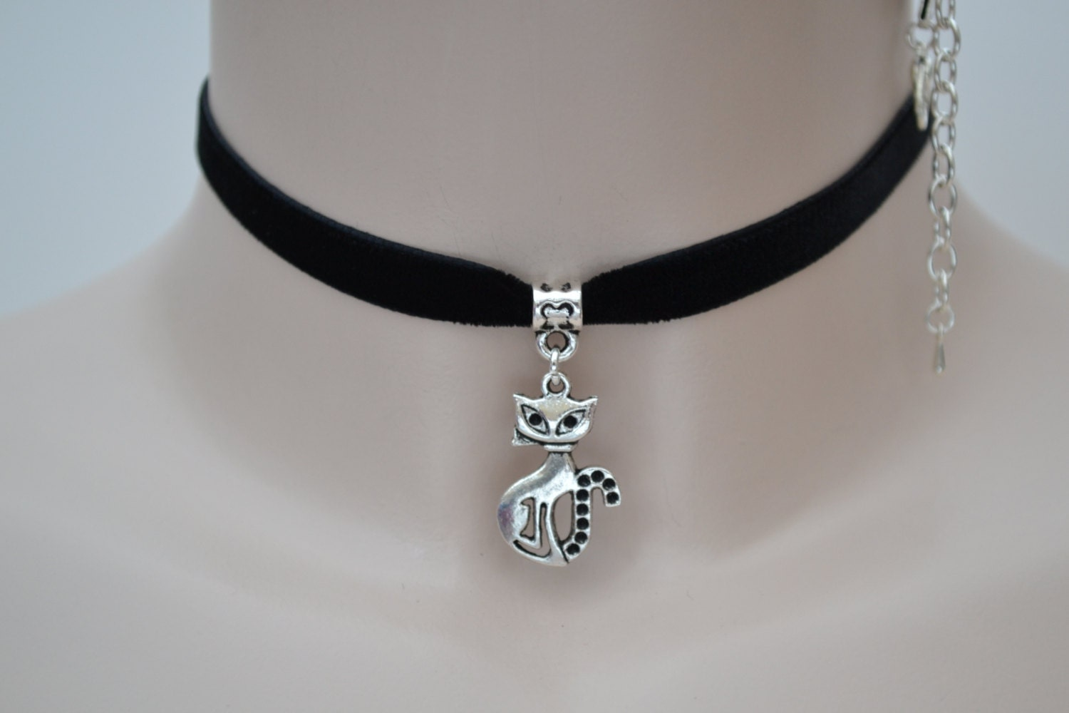 Tibetan Silver  PUSSY CAT  10mm BLACK Velvet Ribbon Choker Necklace  lw.. . or choose another colour please hand made to size )