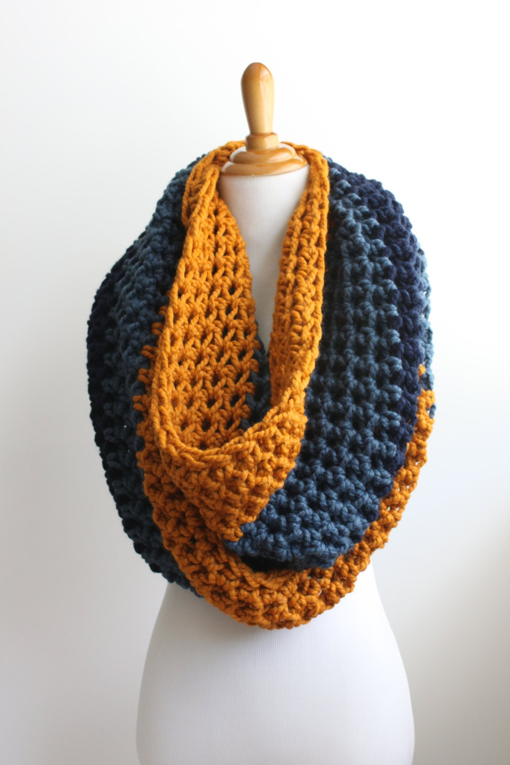 Spectacular Crochet Cowls 10 Free Patterns to Make Tonight!