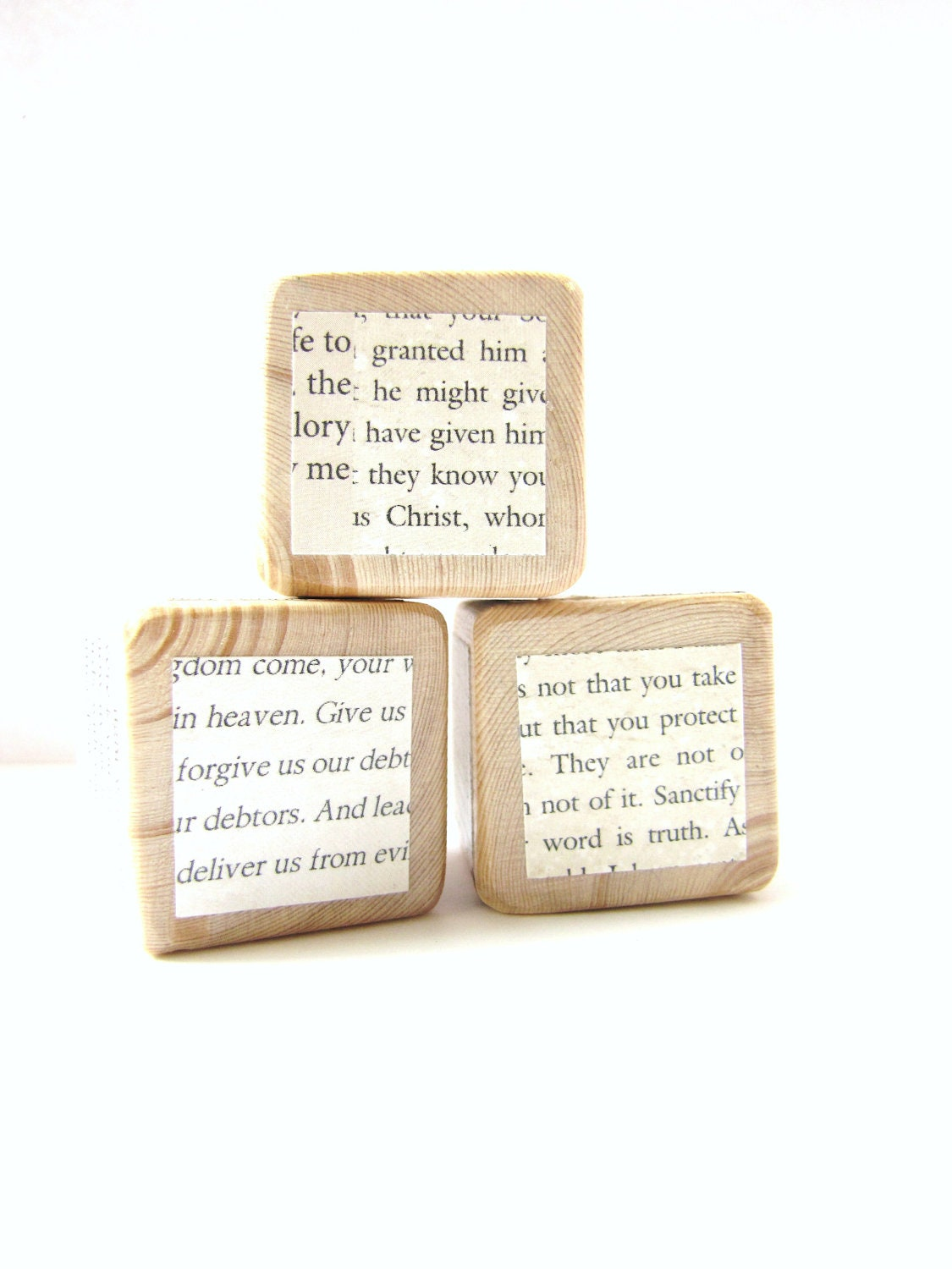 Christian Decoration. Bible verse. Wood blocks. Seasonal Decoration. Black and white. print. Words - MiaBooo