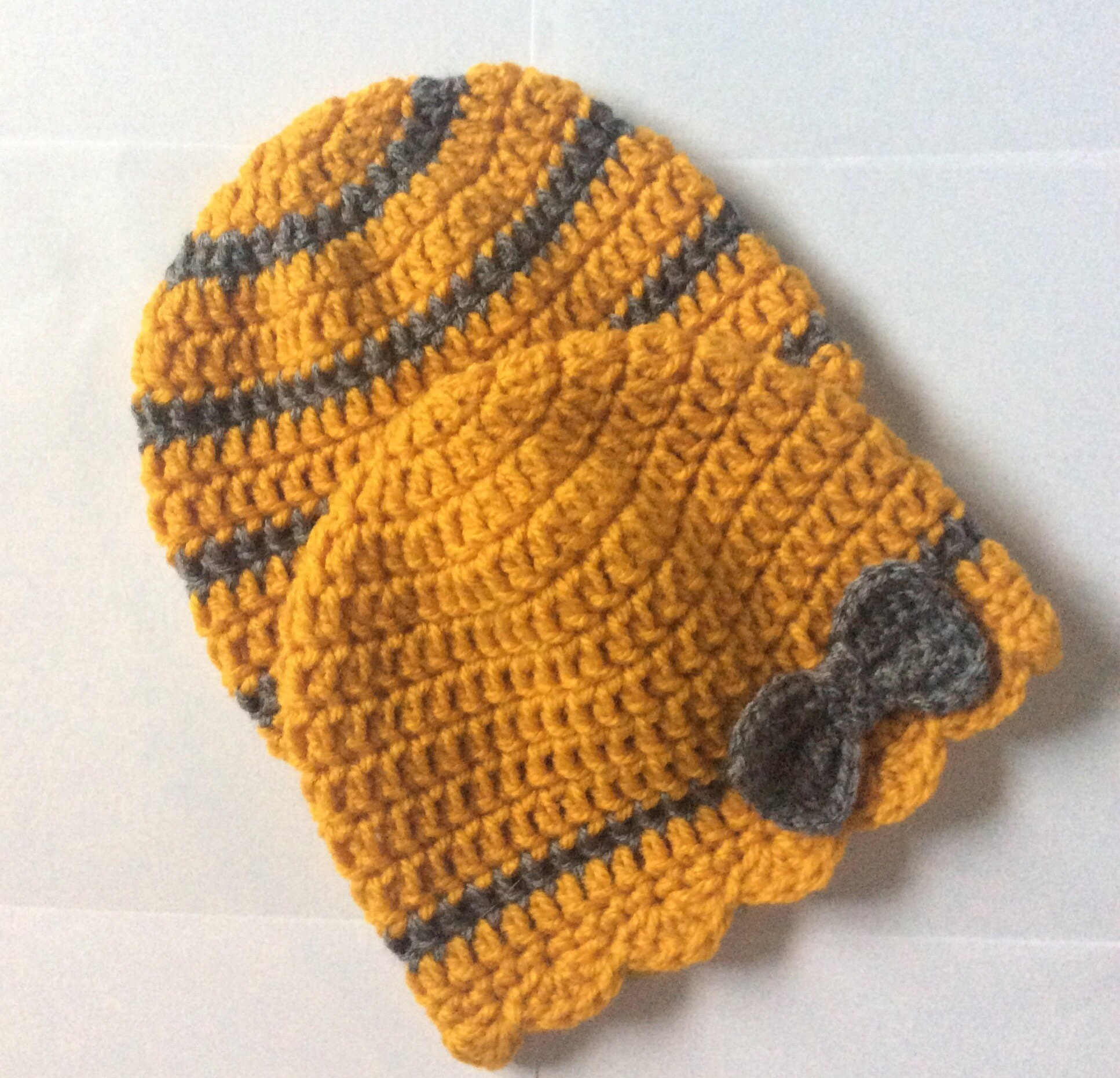 Crochet baby hat Reborn babies girl hat Twins baby shower gift clothing 36 mths baby gift Twins hats Yellow mustard baby hat Hat with bow