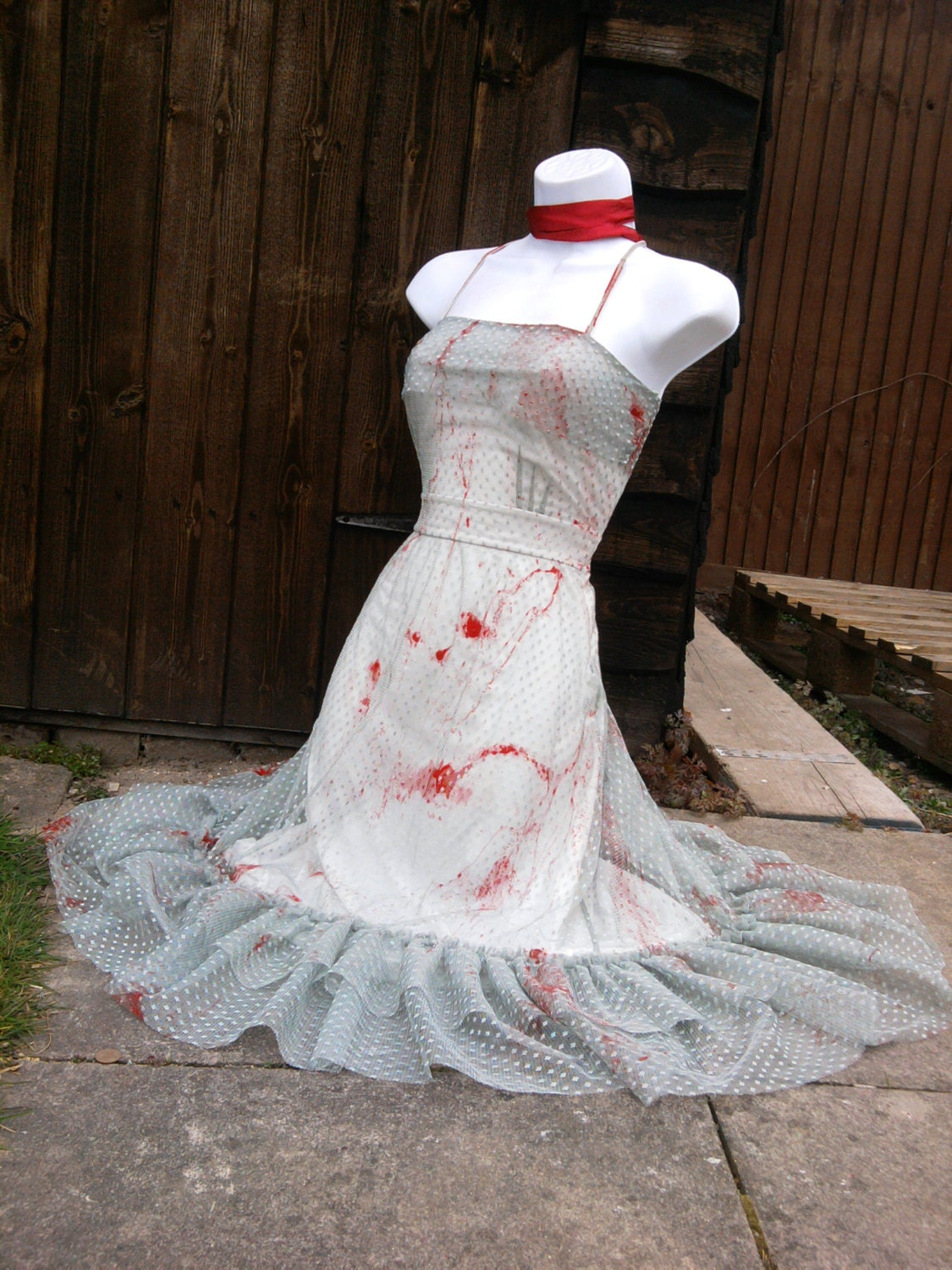 Zombie Wedding Dress For  : Zombie green lace bride walking country girl vampire wedding