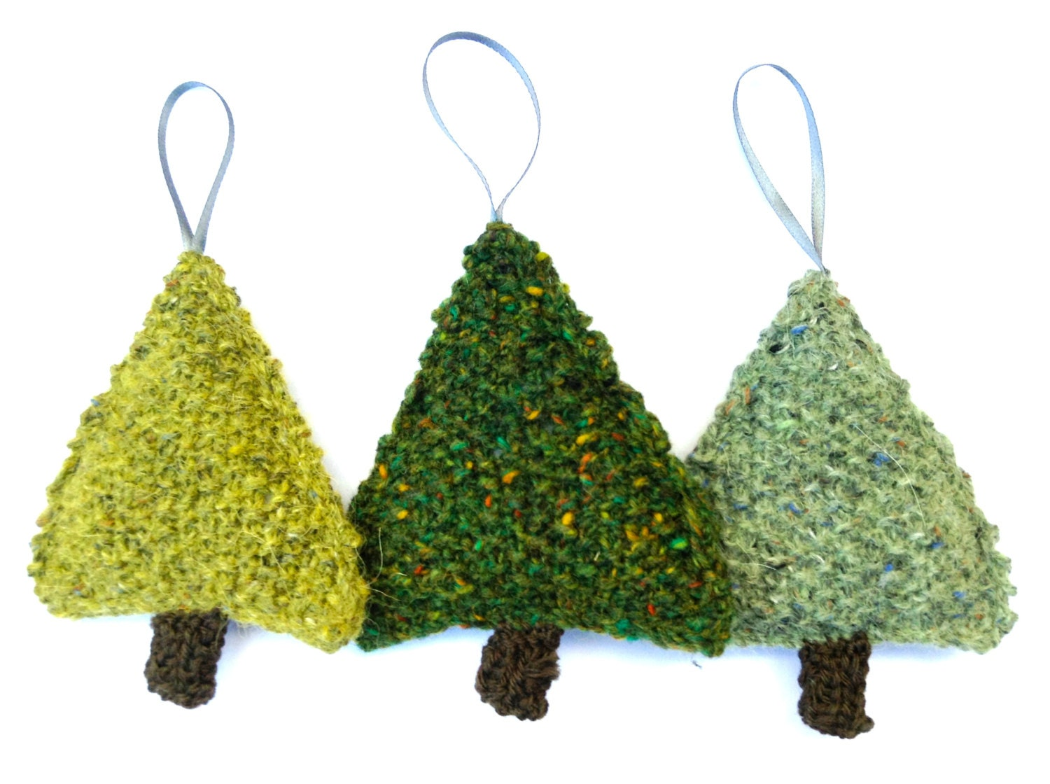 Knitting Pattern For A Christmas Tree : Christmas Tree knitting pattern by louiseshandknits on Etsy