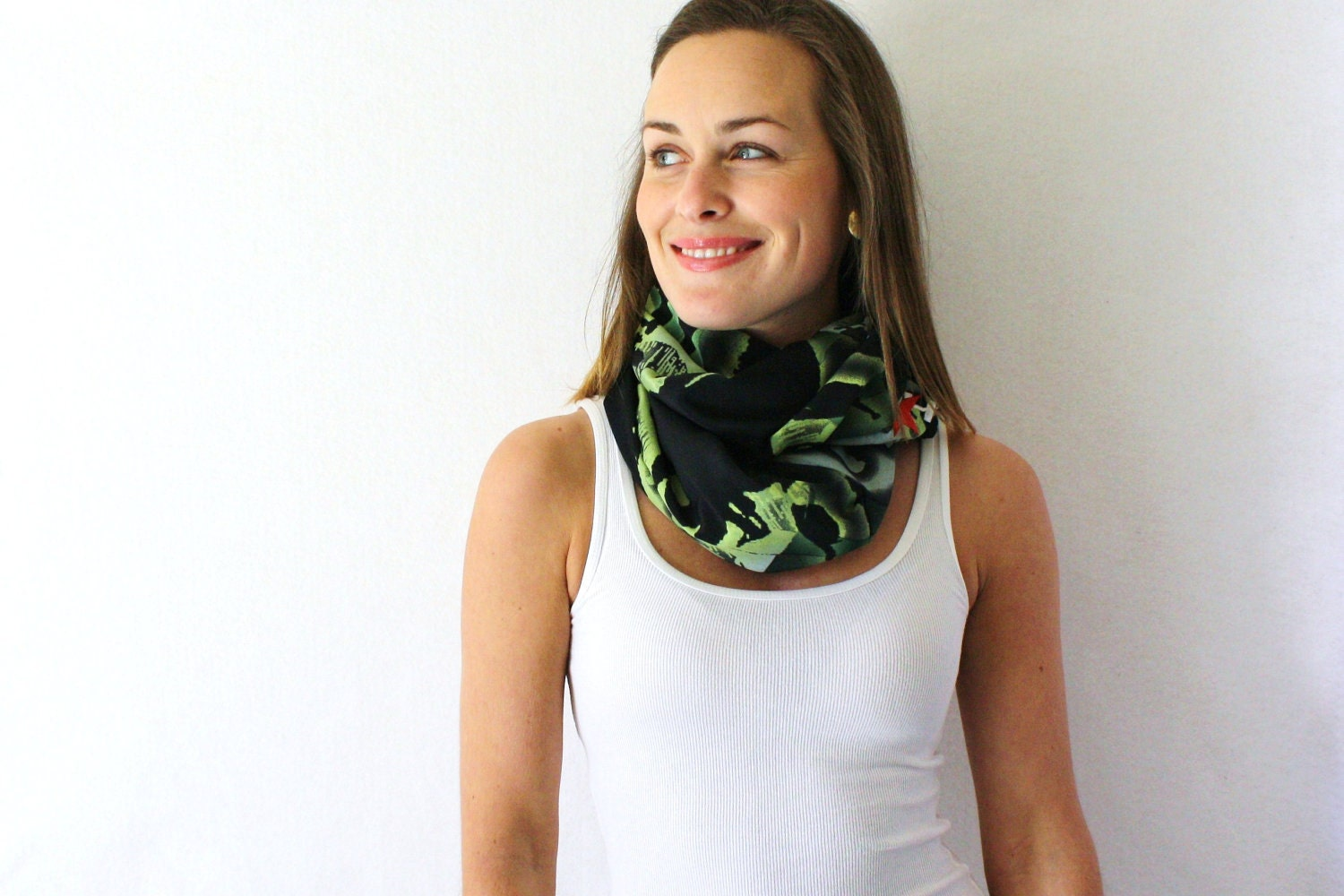 Circle Scarf- Upcycled, Che Guevara, Black, Green, Spring Fashion, Infinity Scarf, Loop Scarf,
