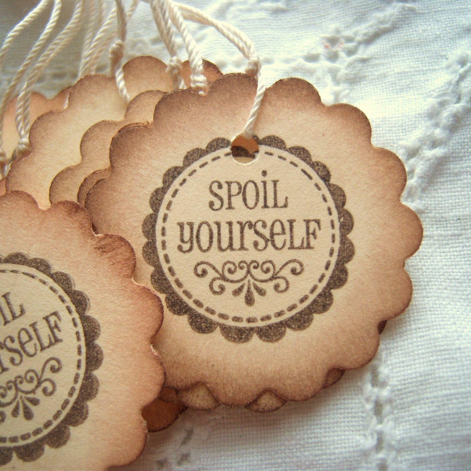 Spoil Yourself Scalloped Circle Hang Tags - Vintage Inspired
