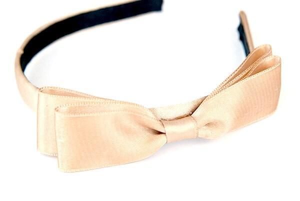 Nude headband