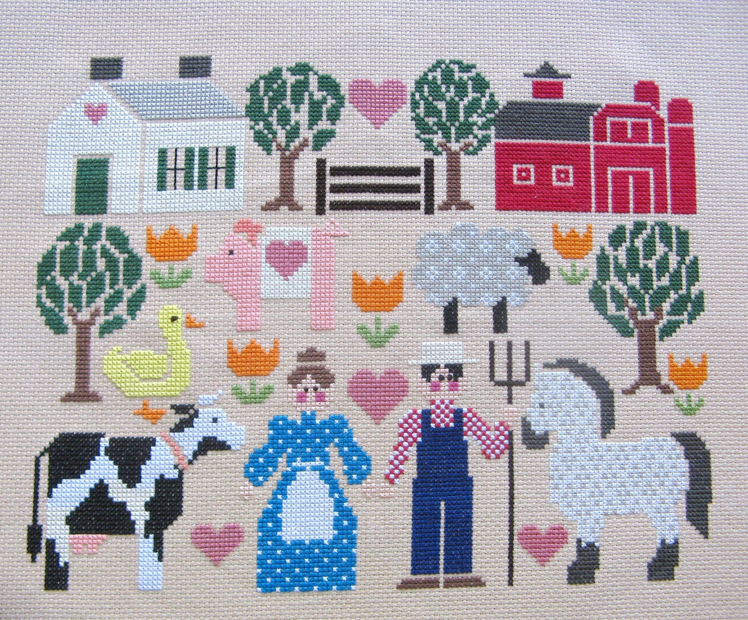 "Counted Cross Stitch ""Old MacDonald's Farm"" Embroidery Floss Needle Craft Handmade - FamtasticCrafts"