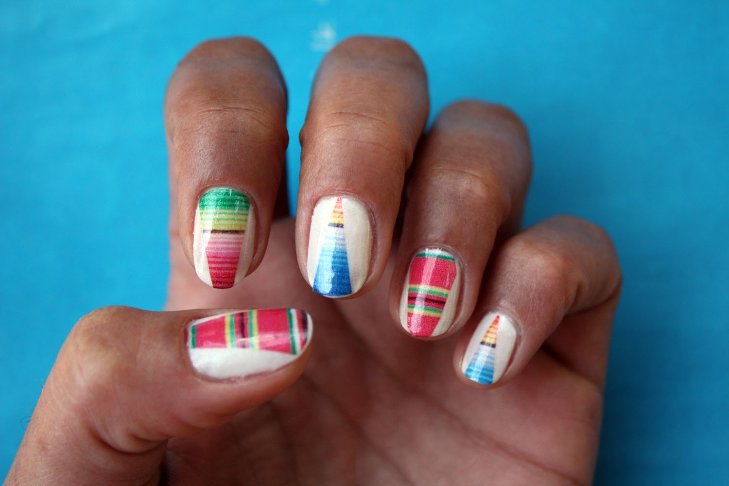 Nail art etsy ~ Beautify themselves with sweet nails