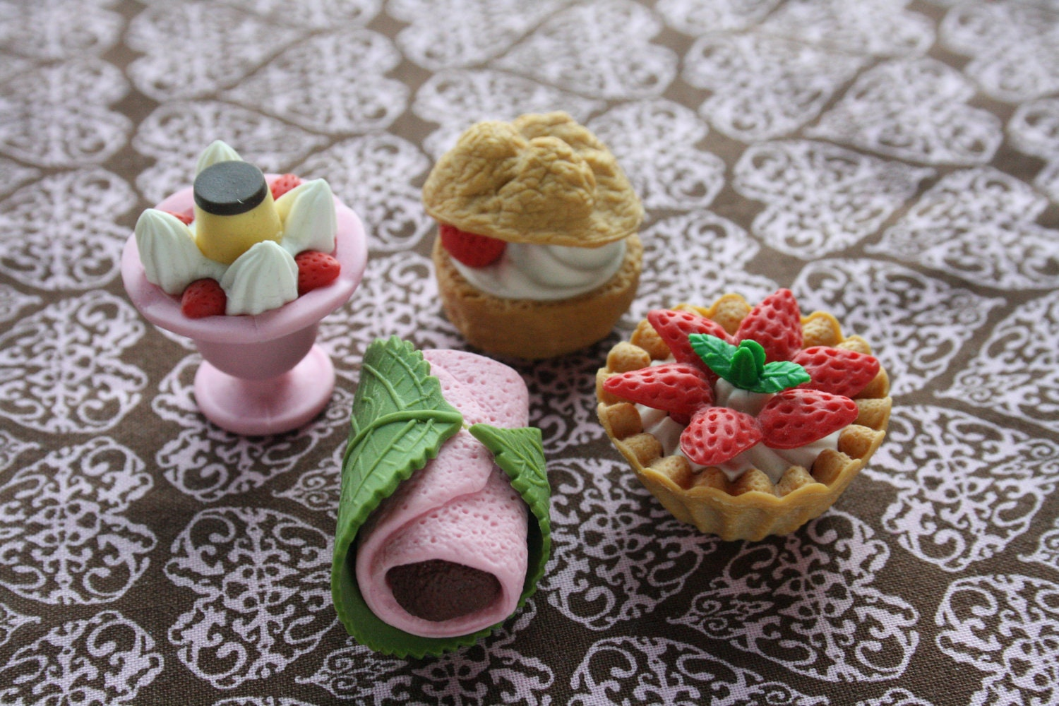 Miniature Food Eraser Set 2 lot dessert cake sweets 4pcs