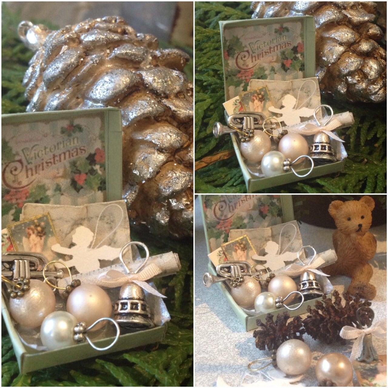 Victorian Christmas box 1:12 - GypsyBoudoirMinis