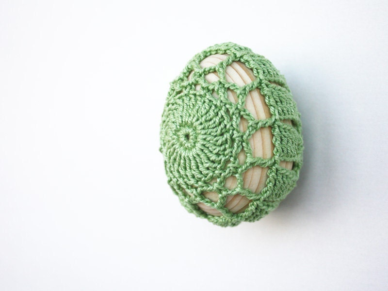 Sage green kitchen decor Fridge magnet Rustic Cottage chic Mother's day gift under 15 Wooden egg covered in crochet lace Ready to ship oht - boorashka