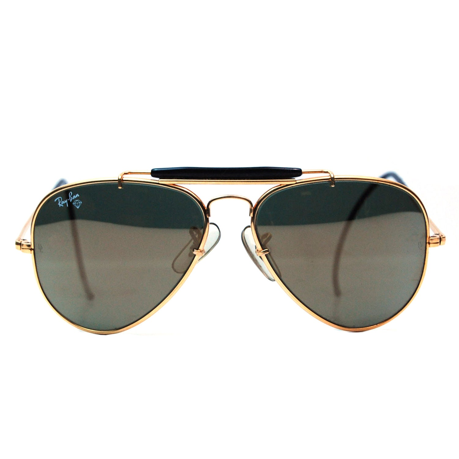 luxottica swot analysis Eyewear market: global industry analysis, size, share, growth and forecast 2015 to 2025 by future market insights.