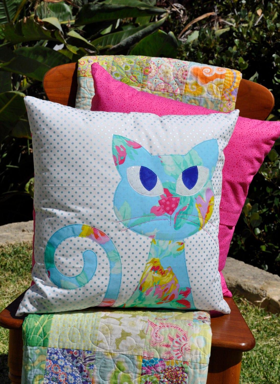 Ali's Cat Applique Cushion PDF pattern