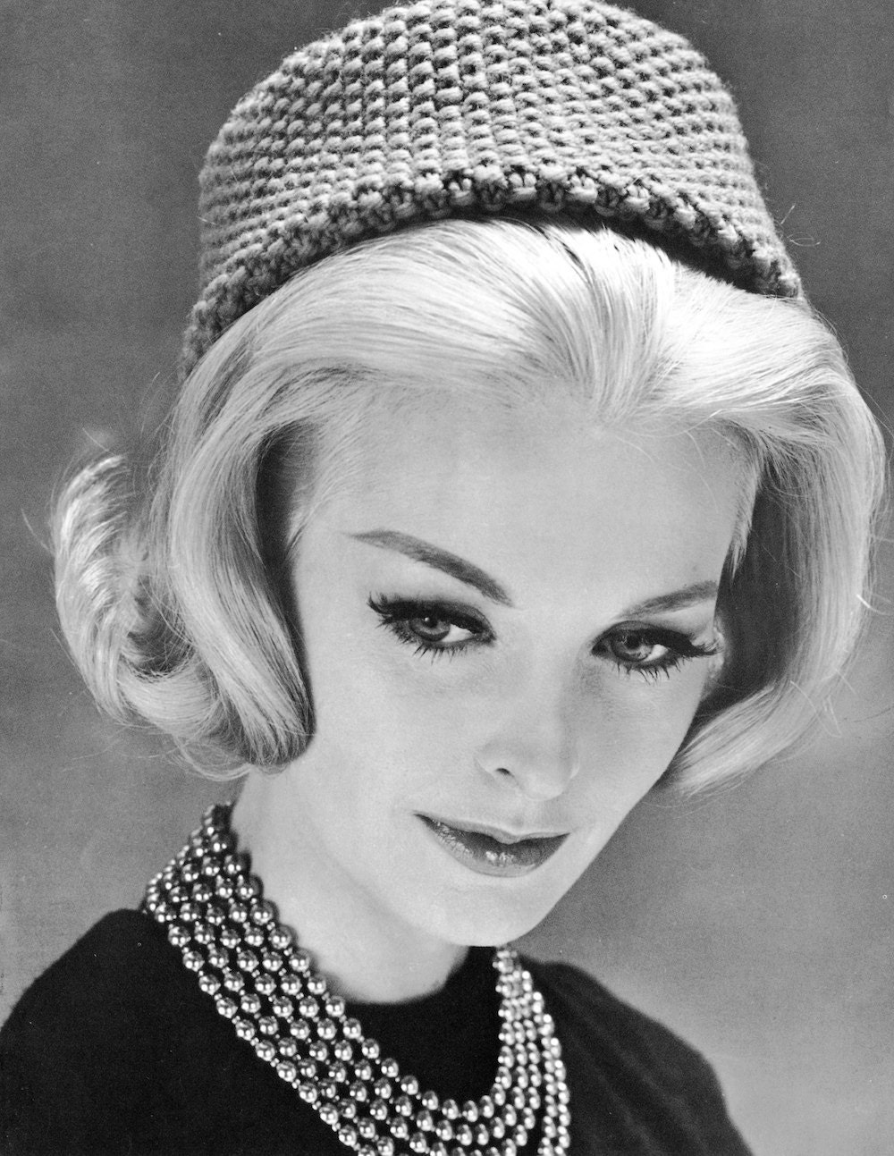 Knitting Pattern Vintage Hat : 1960s Pill Box Hat Vintage Knitting Pattern by ...