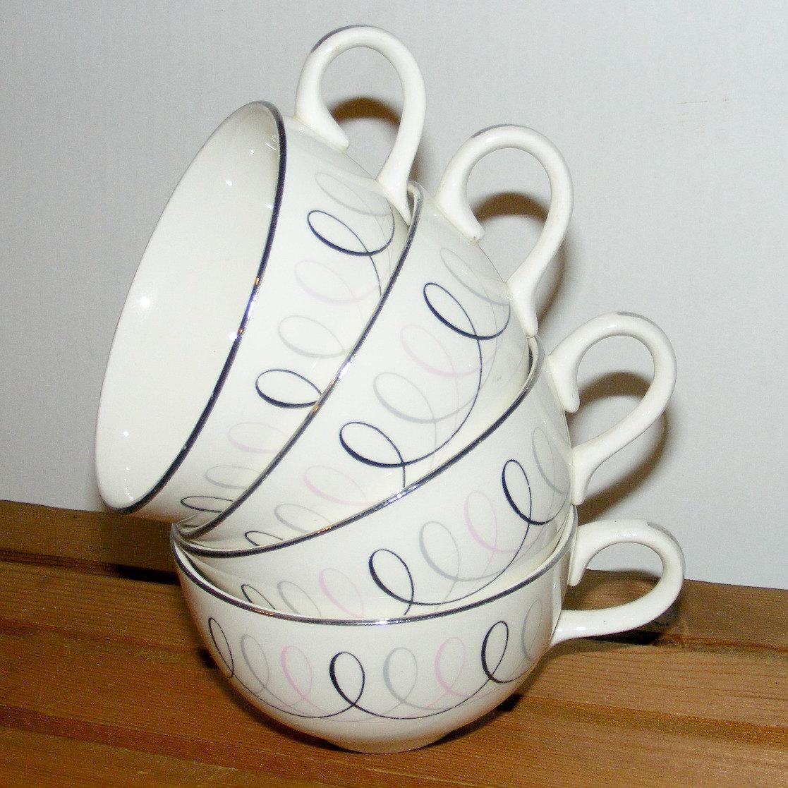 Atomic Era 4 Sevron Carousel Cups 1950s by MaryJanesVintageShop