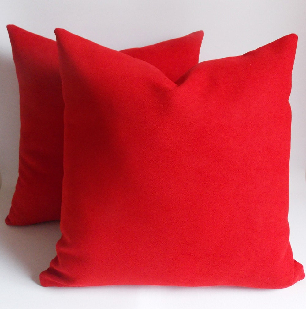 SET OF 2/Velvet Red pillow Decorative pillow Throw by mertakkul