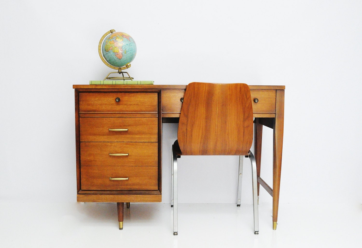 Mid-Century Desk with Built in Singer Sewing Machine - thewhitepepper