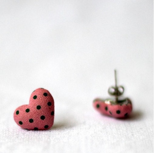 Fabric covered heart button earrings in LOVE style pink with green dots - Catinthecloset