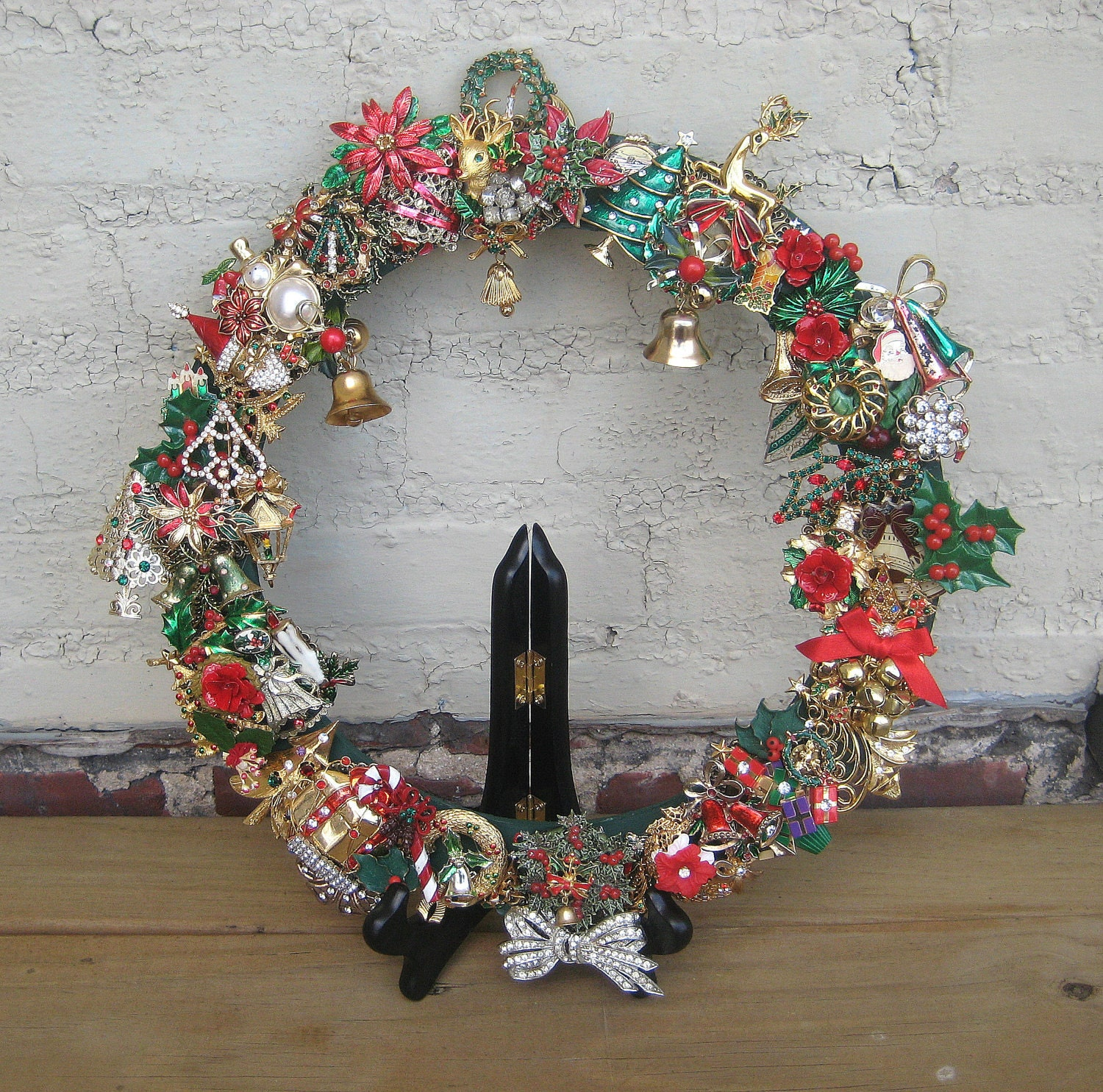 Christmas Wreath  Vintage  Brooch Holiday Pin Upcycled OOAK Altered Art Holidays Collage