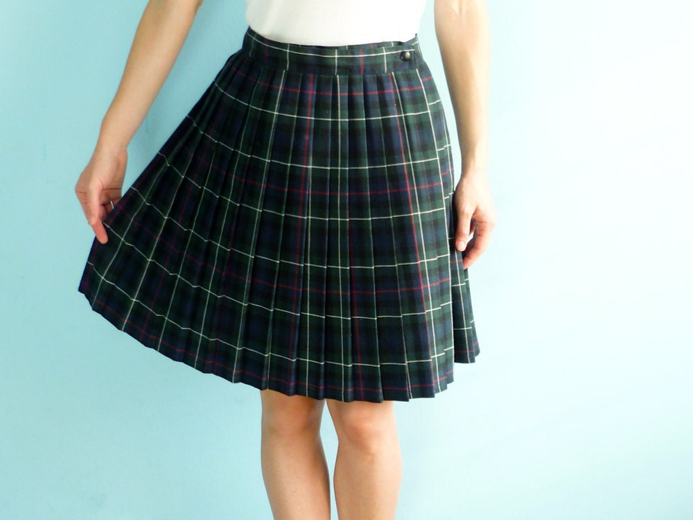 vintage pleated plaid mini skirt navy blue green by