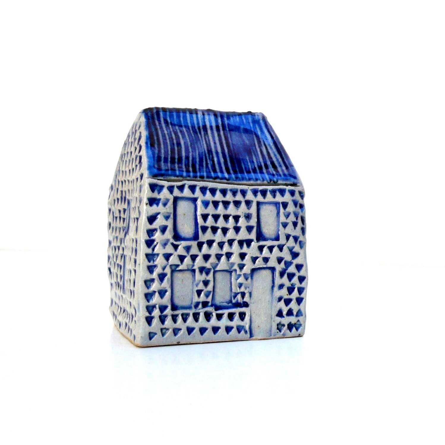 Blue And White Ceramic House. Miniature House. OOAK. - BlueMagpieDesign