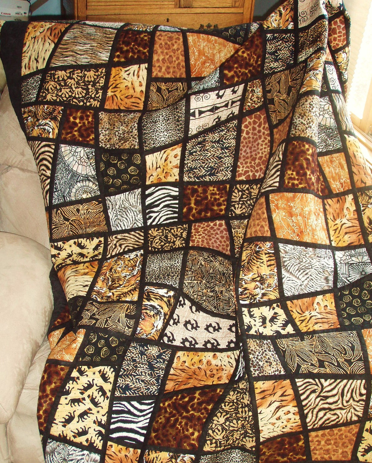 Twin Size Bed Quilt Jungle Animal Prints In Mosaic By