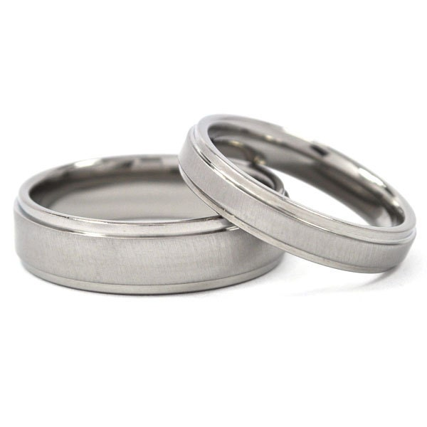 new his and hers wedding band set titanium by