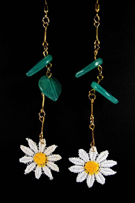 Vintage Lace Daisy Chain Earrings